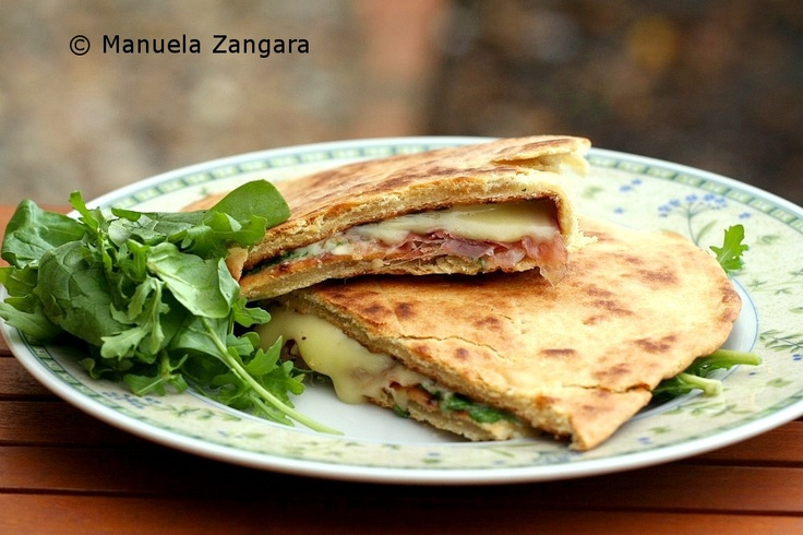 ... make a smooth dough. Fillings | Piadina: stracchino, prosciutto crudo