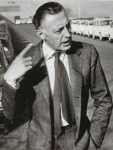 Gianni Agnelli's 10 Best Style Moves - Best Dressed Men of All Time