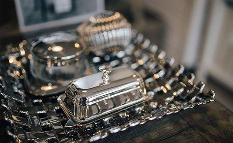 Para limpar objetos de prata não é preciso complicação ou produtos especiais. Veja algumas dicas simples para a limpeza e o armazenamento da prata.