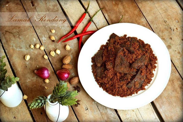 Rendang Beef Paru/Lung for order www.rendanglamak.com or WA 62 8111888528