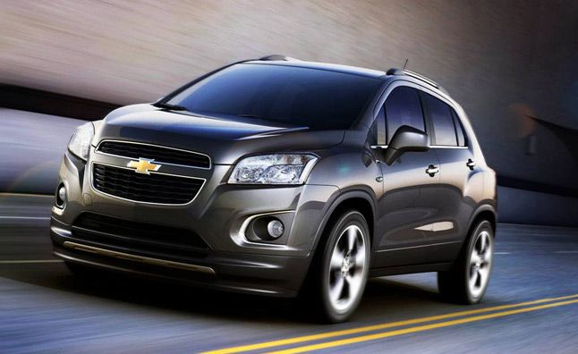 2015 Chevrolet Equinox to Shrink in Size, Squeeze out Trax from US Market. For more, click http://www.autoguide.com/auto-news/2012/06/2015-chevrolet-equinox-to-shrink-in-size-squeeze-out-trax-from-us-market.html