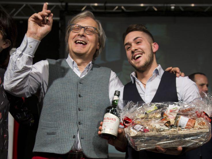 Vittorio Sgarbi all'evento Aibes, con China Pisanti
