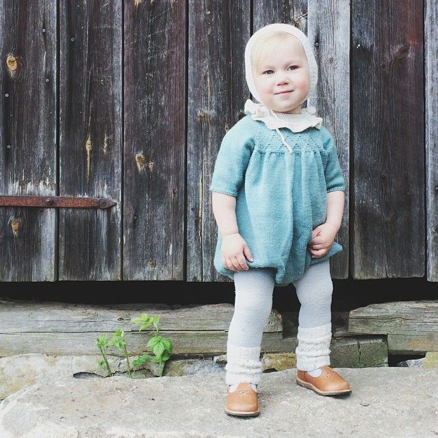 The pattern for Little Mary's Jumpsuit will soon be available in English 👏 #littlemarys