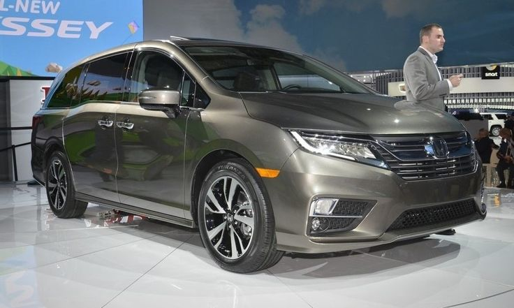 New, 2018 Honda Odyssey Gets Highest Safety Ratings http://www.autotribute.com/46759/new-2018-honda-odyssey-gets-highest-safety-ratings/ #Minivan #HondaOdyssey #FamilyCar #CarSafety