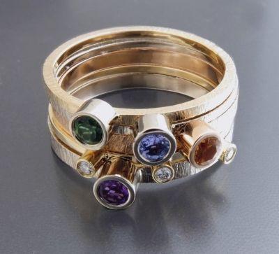 BIZOE komplet 5 złotych pierścionków http://www.gemstudio.pl/pl/p/BIZOE-komplet-5-zlotych-pierscionkow/252