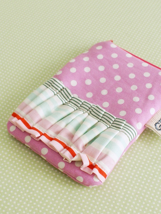 Gussy small pouch!  love it: Sewing Machine, Gussi Small, Small Pouch