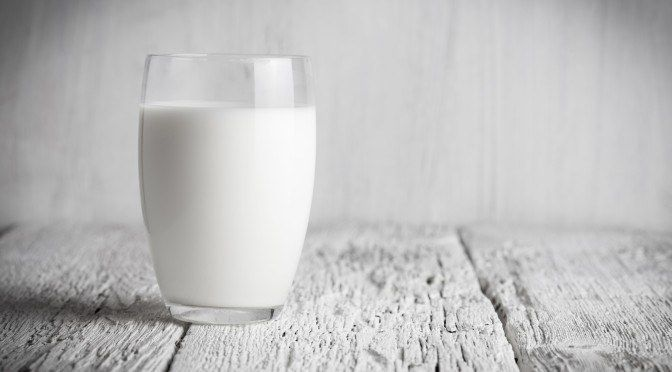 Why Full Fat Milk Is the Healthiest Milk Choice | Healing the Body