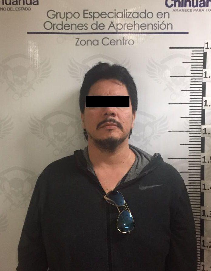 <p>* Fue detenido con apoyo de la Interpol en la Ciudad de México.</p>  <p>Chihuahua, Chih.- Elementos de la Agencia Estatal de Investigación,