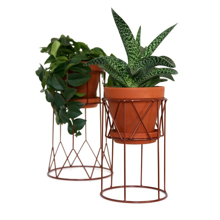 FLORA pedestal for flower pots in copper paint.  www.wiscollection.se