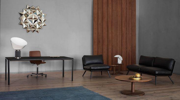Mobilier danois Fredericia: siège Pato, banquette et fauteuil Spine, table basse Pon
