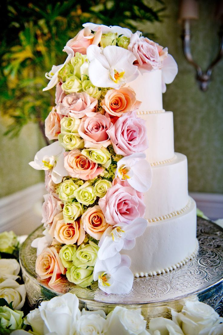 An intricately detailed wedding cake at Park Hyatt Aviara.