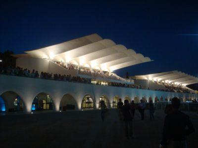 エドゥアルド・トロハの傑作、サルスエラ競馬場(Hipodromo de la Zarzuela)その2:軽い建築の究極形の1つがここにある | 地中海ブログ