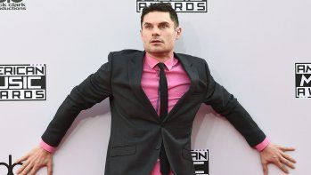 Flula Borg / AMERICAN MUSIC AWARDS 2014: THE RED CARPET ARRIVALS