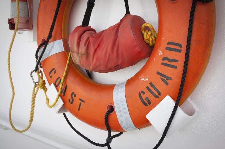 "Decomposed body found in retired Coast Guard boat Sitemize ""Decomposed body found in retired Coast Guard boat"" konusu eklenmiştir. Detaylar için ziyaret ediniz. http://www.xjs.us/decomposed-body-found-in-retired-coast-guard-boat.html"