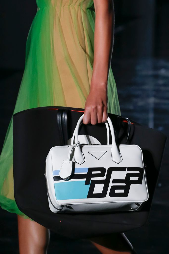 e0ef34c0362f Prada Otoño Invierno 2018/2019 - Milan | Bags | Fashion, Prada ...