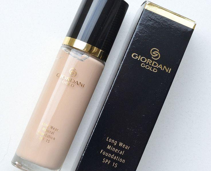 Стойкая минеральная тональная основа Роскошный Атлас Орифлейм  Giordani Gold Long Wear Mineral Foundation SPF 15 Oriflame