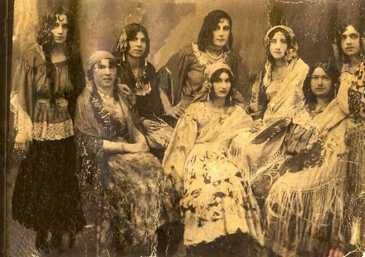 the roma gypsies and the romany essay Roma/gypsies in the history of romania: an ethnographer (ion chelcea) 2 potra's book was the first historical an.