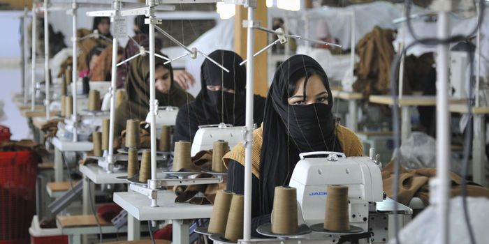 """Stop exploiting Syrian refugee children to make clothes   """"An investigation carried out by independent journalists has revealed a terrible reality: many Syrian refugee children in Turkey are being exploited in clothing factories, working f/well known bran"""