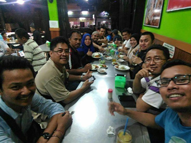 Azaham berkursus refleksologi di Indonesia