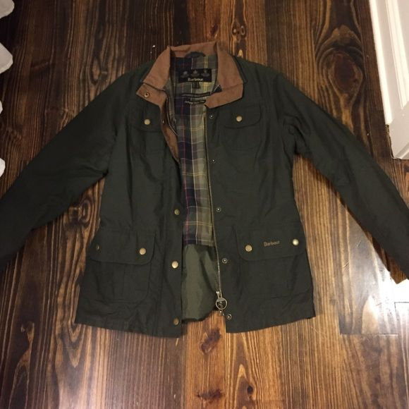 Lightly used Barbour jacket size 8 US UK 12 Only worn twice Barbour jacket. Amazing condition just a bit too big for me. Unsure about selling. SERIOUS OFFERS ONLY. Only willing to trade for another Barbour jacket in size 6. Barbour Jackets & Coats