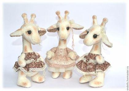 Тройняшки - бежевый,горошек,винтаж,жираф,жирафик,жирафы,двойняшки,тройняшки