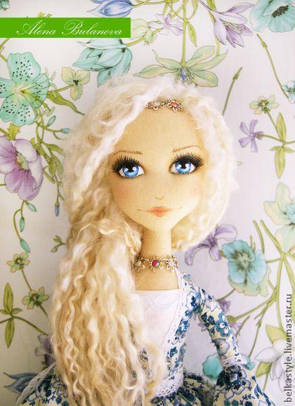 Lady doll      plush, stuffed, felt, fabric
