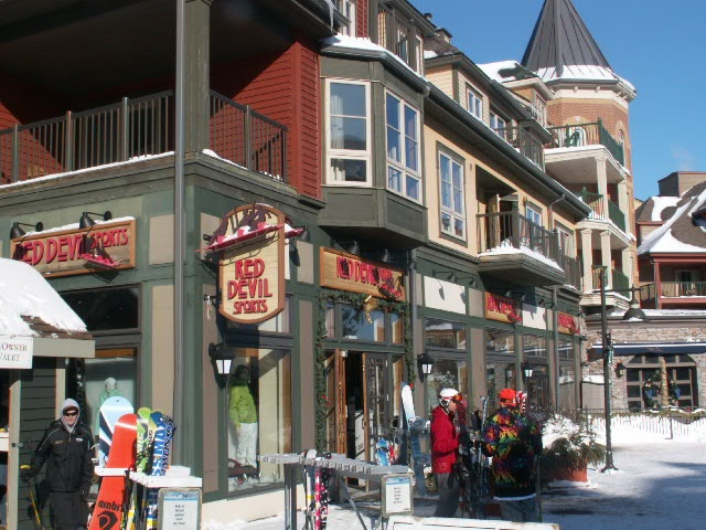 Plenty of interesting shops and restaurants