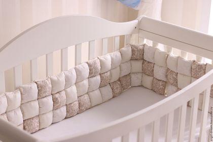 Для новорожденных, ручной работы. Ярмарка Мастеров - ручная работа. Купить Бортики в детскую кроватку. Handmade. Золотой, сатин