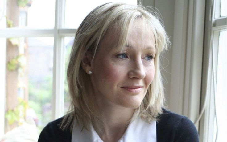You may be a Harry Potter fanatic, but how much do you know about the author   JK Rowling herself? Here are 10 facts about the author of the new book The   Casual Vacancy.