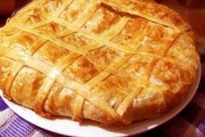 Placinta taraneasca cu varza - Culinar.ro