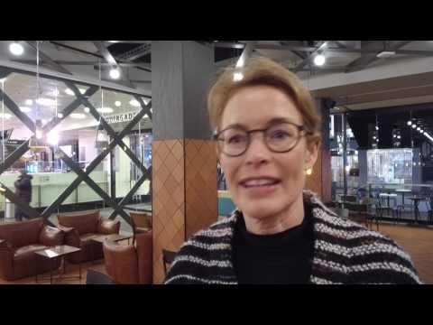 SALLING præsenterer ny dynamisk lysfacade - YouTube