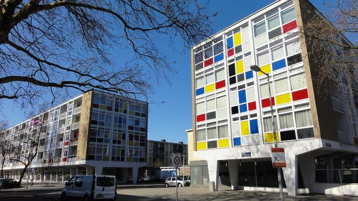 Amsterdam Slotermeer: Verfblok naar Mondriaan.