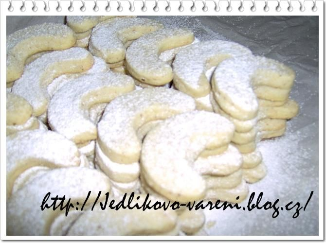 Jedlíkovo vaření: vánoční cukroví, vanilkové rohlíčky  #xmas #christmas #baking #cukrovi #vanoce #rohlicky