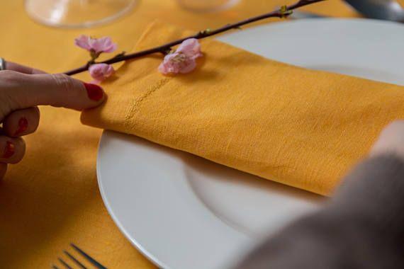 Tovaglioli di lino Oro- Set di 2 tovaglioli di stoffa- Arreda e personalizza la tua tavola by ecomoodsatelier #italiasmartteam #etsy