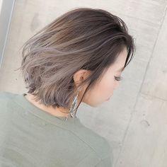 Instagram media shachu_hair - グラデーションカラー✖️ハイライトブリーチ✖️グレージュ⭐️⭐️⭐️ 担当 MORIYOSHI MORIYOSHIヘア、ヘアカラー集はこちらから→ @moriyoshi0118 #shachu#hair#color#ヘア#ヘアカラー#グラデーションカラー#ハイライト#グレージュ