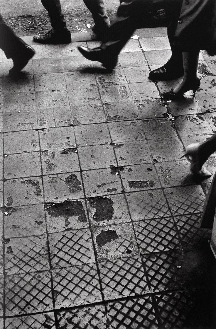 Sergio Larrain - Santiago, Chile 1963. S)