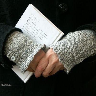 Bela Stitches:  knitted wrist warmers