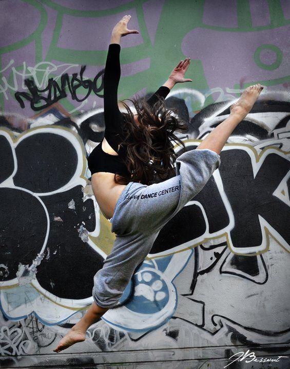 Street dance!!!! Love this split leap!