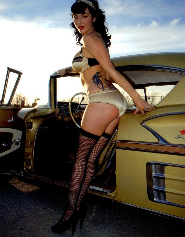 Hot rods and nude girls