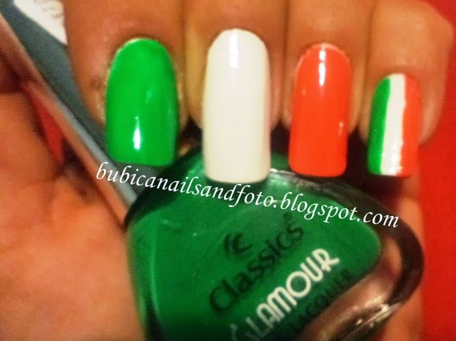 Nail Art Italian Flag images