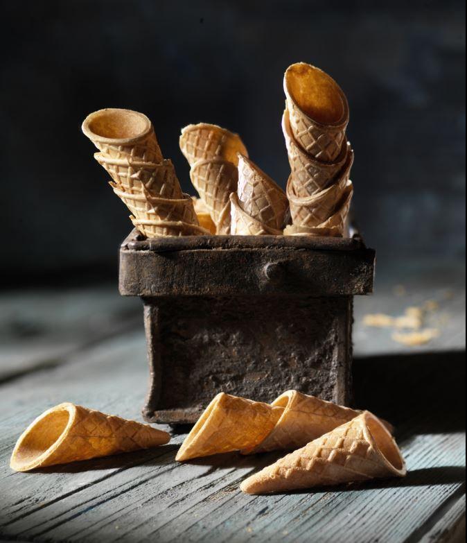 Wafer Cones decorations for Artisan Gelato  #babbi #ilovebabbi #ilovegelato #gelato #gelatoartigianale #gelateriartigianale #helado #heladoartesano #heladeriartesana #icecream #italiangelato #italianicecream #artisangelato #sorbete #dessert #food #foodies #foodlover #sweet #italianfood #foodpic #foodphotography #wafer