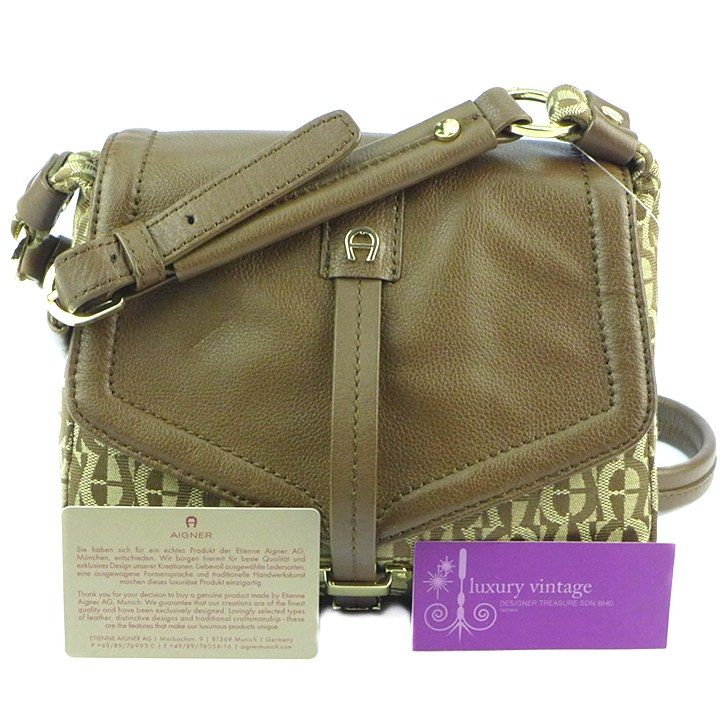 Aigner Slingbag Brandnew Condition Ref.code-(KOOT-2) More Information Pls Email  (- luxuryvintagekl@ gmail.com )