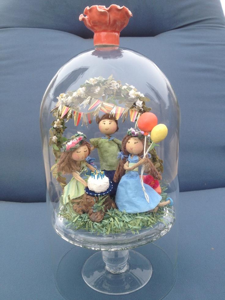 487 best pot en verre domes cloches images on pinterest for Cloche verre decorative