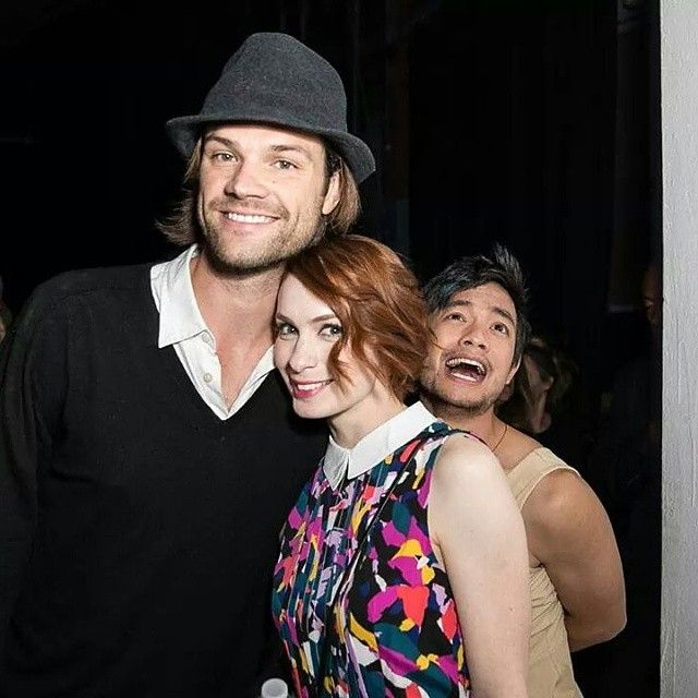 Jared Padalecki, Felicia Day and Osric Chau celebrate at the 200th episode #SPNFanParty! #Supernatural Photo Credit: Brian To
