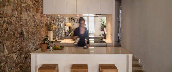 La cocina es el centro de este loft barcelonés - Noticias de Arquitectura - Buscador de Arquitectura