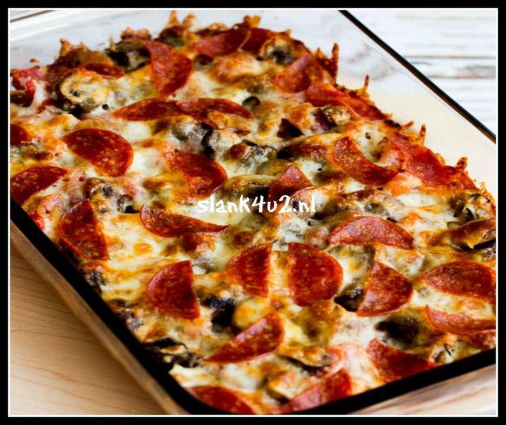 Koolhydraatarme pizza ovenschotel Koolhydraatarm,ketogeen, glutenvrij, ei vrij. Geschikt voor de strenge fase. Heet serveren! Ongetwijfeld is dit precies de smaak die je wilt proeven als je naar pizza verlangt. Het is een heerlijke en zeer makkelijk te maken ovenschotel met de ingrediënten van een pizza maar uiteraard geen deeg. Zelfs familie en vrienden sullen mee en missen absoluut geen deeg. Je kunt voor hen b.v. lekker knapperig ciabatta stokbrood erbij serveren of zelfs pita broodjes. …