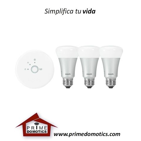 HUE KIT BASICO DE INICIO CON TRES BOMBILLOS LED A19. Dale personalidad a tu iluminación, conecta hasta 50 bombillas y contrólalas en un dispositivo inteligente, ajusta las bombillas para que se enciendan y apaguen cuando no estás en casa, utiliza el temporizador para ajustar alarmas y cambiar tus esquemas de iluminación con el tiempo, define ambientes y matices con los 16 millones de colores en una bombilla con dimerización suave y de precisión.