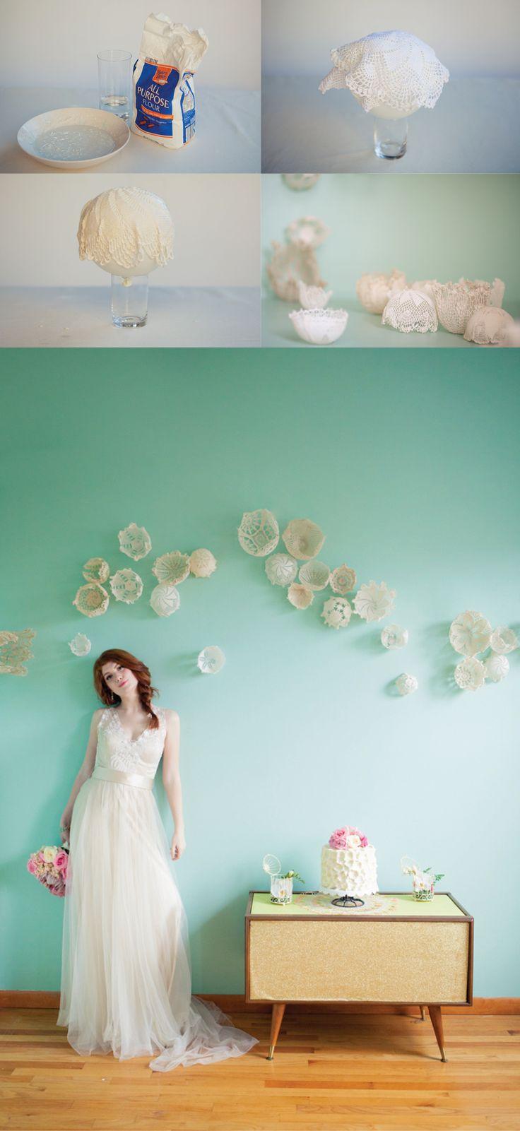 Lace details for you wedding /// Pormenores em renda para o seu casamento - Courtesy of Ruffled