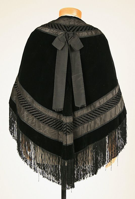 Mantle, 1850s. American. Silk, cotton. Length at center back: 29 inches. Metropolitan Museum of Art.