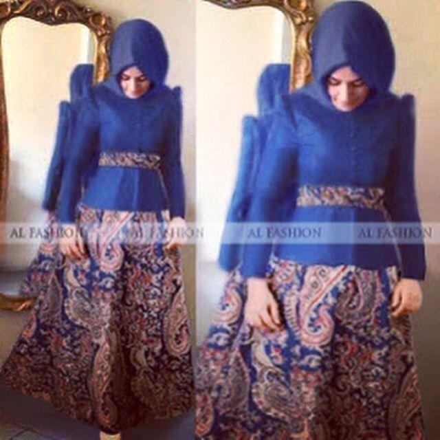 Maxi Mira Batik navi  125.000 Maxi dress lengan panjang (busui) with katun batik nyatu+pashmina  matt rayon halus komb batik rayon print keong (adem,tebal,lembut) ukuran baju All size (bisa untuk S,M,L&XL)
